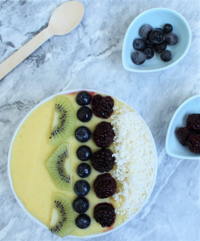 smoothie bowl - be whole
